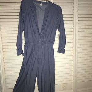 old navy brand jumpsuit